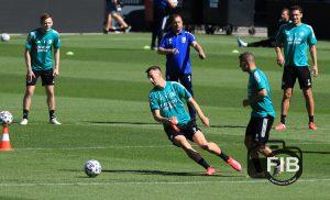 FeyenoordinBeeld eerste openbare training 05.0814
